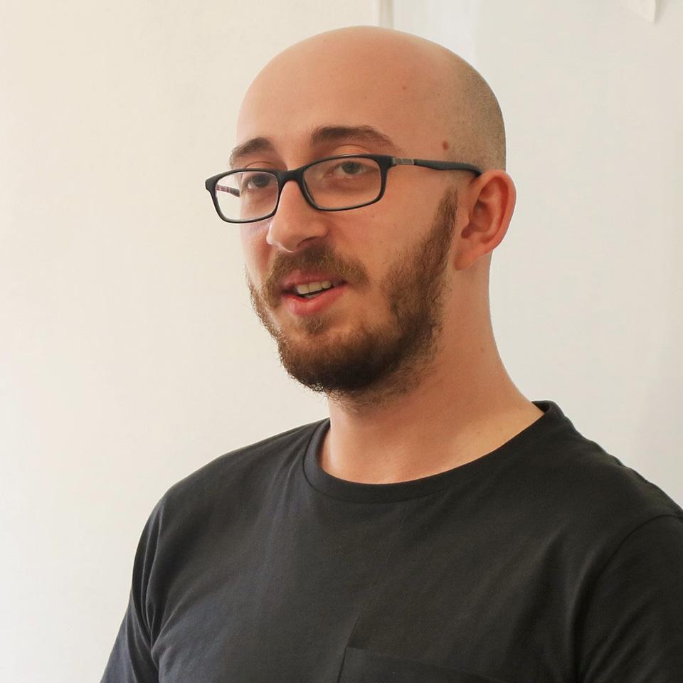 Alex Văsieș